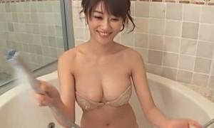 原幹恵 巨乳先生にお風呂で身体洗ってもらう