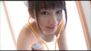 さいとう雅子 ロリ顔ナースがビキニになって誘惑
