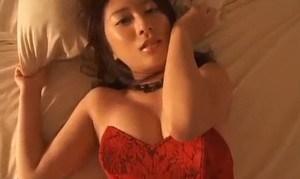 松下李生 ボンテージ衣装で疑似セックスプレイ