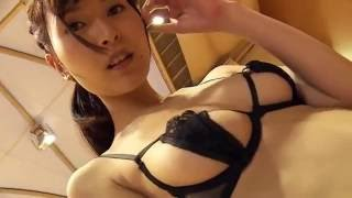 夏目百合子 清楚美女が変態下着で体操する